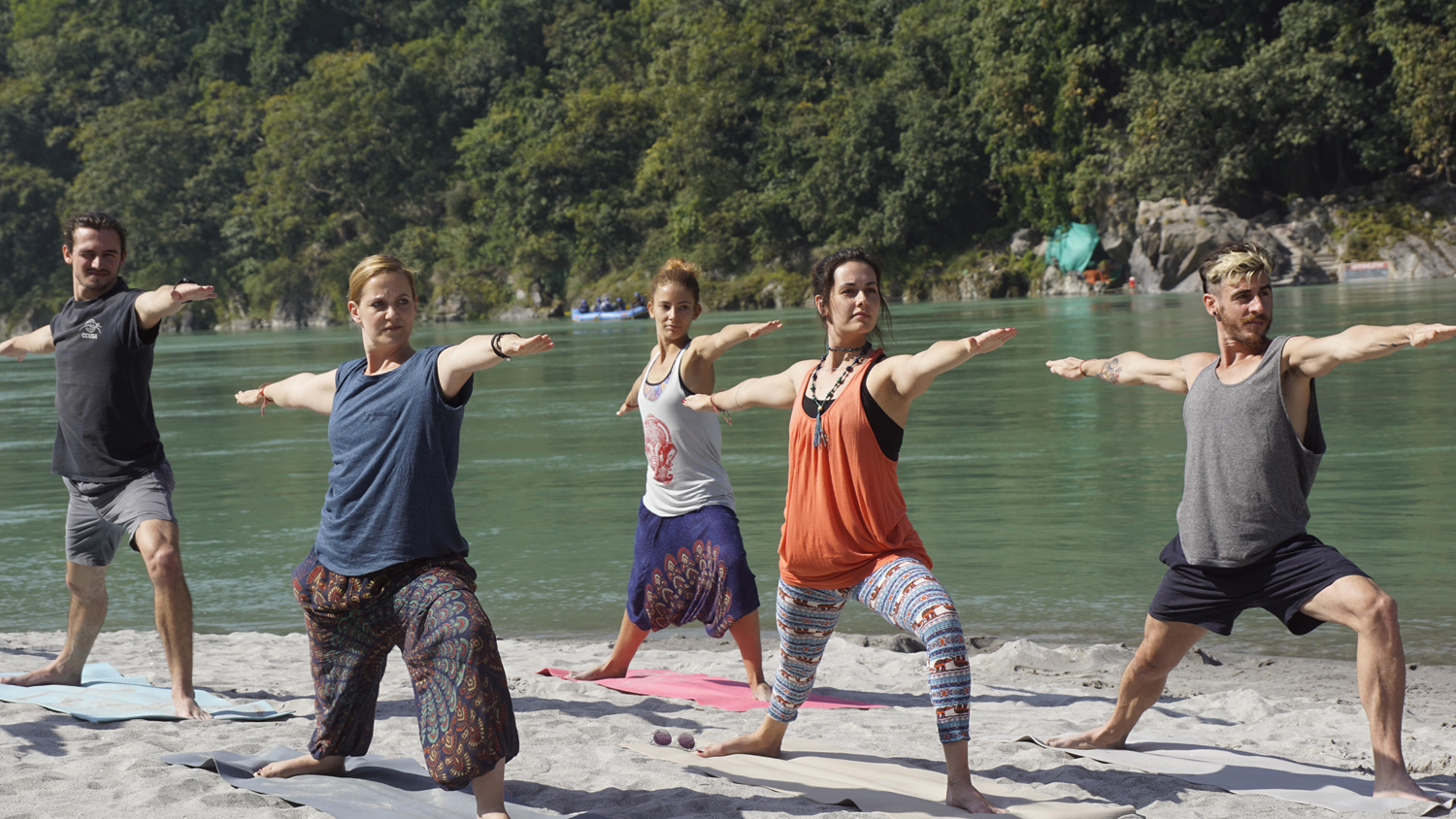 200 Hr Yoga Teacher Training in Rishikesh india