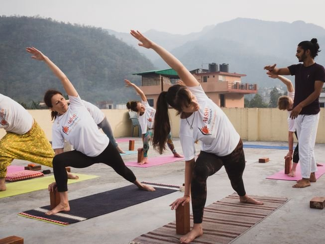 What Is The Difference Between Vinyasa And Ashtanga Yoga